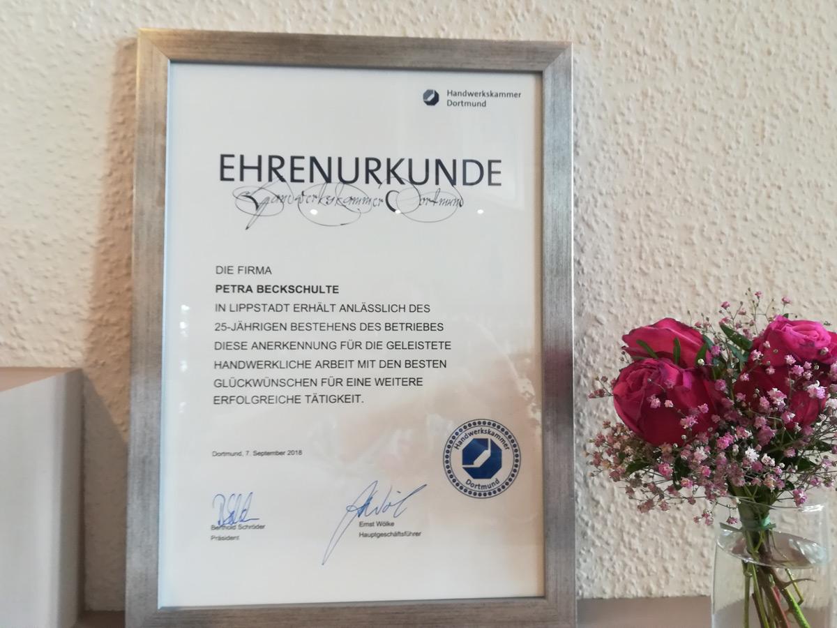 Handwerksammer-Urkunde zum 25jährigen Jubiläum